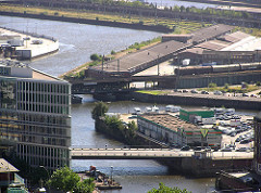 Luftaufnahme vom Oberhafenkanal - Ericusspitze in der Hafencity (2004)