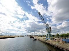Blick über den Baakenhafen - Teil der Hamburger Hafencity.