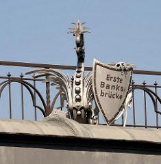 Brückendekor - Erste Banksbrücke - Mittelkanal - Hamburg Bilder aus Hammerbrook.