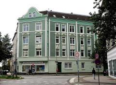 Wohngebäude mit Dekorelementen - Baujahr 1906 - HH-Heimfeld, Bezirk Harburg.