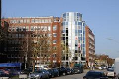 Bürohäuser in der Suederstraße. Gewerbeimmobilien, Gewerbehäuser in Hamburg Hamm Süd.