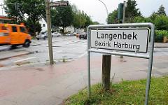 Schild Stadtteilgrenze Hamburg Langenbek, Bezirk Harburg.