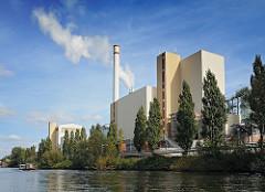 Hamburger Architekturfotografie MVA Borsigstrasse, Müllverbrennungsanlage am Billbrooker Tiefstackkanal