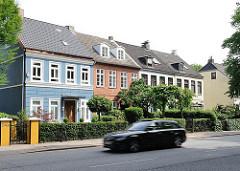 Wohnensemble an der Elbchaussee - zweigeschossige Reihenhäuser - ehem. Sommersitze - Dokumente der Siedlungs- und Baugeschichte Hamburg Ottensens.
