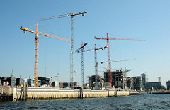Baustelle mit hohen Baukränen am Kaiserkai / Grasbookhafen - 2006