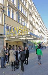 Eingang zum Hansa Theater Variete am Steindamm in Hamburg St. Georg - Gründerzeitfassaden.