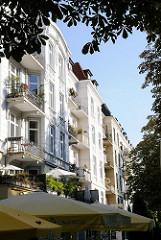 Wohnhäuser, historische Wohngebäude, Gründerzeit im Eppendorfer Weg, Stadtteil Hoheluft Ost.