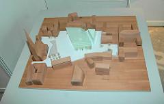 """Modell des sogen. mulitfunktionalen Glaspalastes ( 2006) - das 40 Mio EUR teure Projekt wird dann doch aus """"Kostengründen"""" gekippt (Ende 2006) - es soll ein """"archäologischer Erlebnispark"""" entstehen. -"""