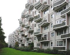 Hamburgs Stadtteil OSDORF - Grosssiedlung, Wohnsiedlung - Architektur der 1970er Jahre.