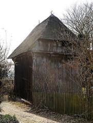 Kornspeicher von 1580 - zweigeschossiger Turmspeicher Bohlenfachwerk..