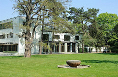 ArchitekturBilder aus Hamburg - Denkmalschutz in HH Altona - Reemtsma Villa in den Elbvororten.