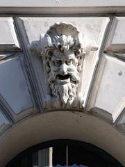 Bauschmuck Maskeron an einer Hausfassade / Wrangelstrasse, Hoheluft.
