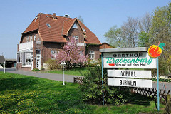 Hofverkauf von Äpfeln und Birnen im Alten Land - Obsthof in Hamburg Francop.