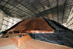 Die Kuppel des Alten Elbtunnels in Hamburg St. Pauli bekommt ein neues Kupferdach.