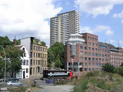 Historische und moderne Architektur in Hamburg Altona, Altona Altstadt - Grosse Elbstrasse und Sandberg (2003)