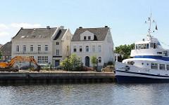 historische Bebauung auf dem Harburger Kanalplatz.