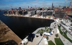 Luftaufnahme des Grasbrookhafens - Hamburg Panorama der Hafencity hafencity - Marco Polo Terrassen.