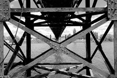 Ehem. historische Wassertreppe 51 in der Billwerder Bucht in Hamburg Moorfleet - der Landungssteg ist um 1912 entstanden und diente Binnenschiffen als Anleger. 2008 ist die Wassertreppe trotz Proteste endgültig abgerissen worden.