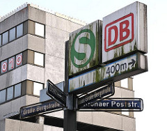 Schilder an der Grossen Bergstrasse, Altonaer Poststrasse, Goethestrasse.