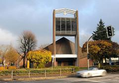 Vicelinkirche am Saseler Markt / Architekten Sandmann/Grundmann - zeitgenössische Kirchenarchitektur.