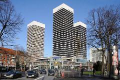 Mundsburg Hochhaeuser Stadtteilfotos aus Hamburg Barmbek Süd, Strassenverkehr