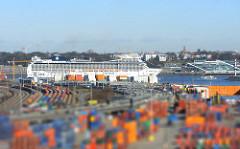 MSC MAGNIFICA Elbe, Hamburger Hafen