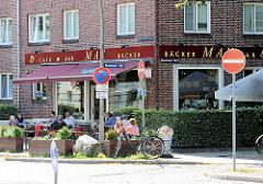 Strassencafe in der Sonne - Bilder aus Hamburg Hamm.
