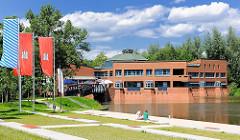 Bürgerhaus Wilhelmsburg - Anleger für Barkassen und Kanus.
