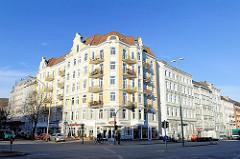 Gründerzeit Etagenhaus im Hamburge Stadtteil Rotherbaum; Renzelstrasse / Bundestrasse.