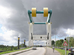 Klappbrücke über die Este - Hamburg Neuenfelde.