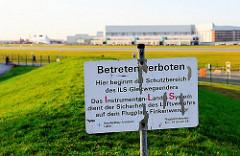 Verbotsschild - Gelände Airbuswerke Hamburg Finkenwerder.