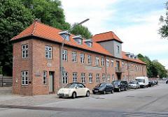 Ehem. Hauptgebäude einer Tuchfabrik - erbaut 1802 - Hamburger Industriearchitektur - Architektur Fotograf Hamburg.