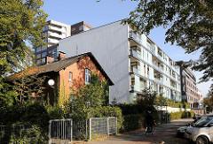 Altes Gebäude - Neubauten im Lehmweg - Bilder aus Hamburger Stadtteilen.