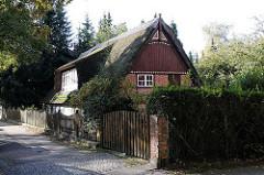 Strohdachhaus - Hamburg Groß Borstel Borsteler Chaussee.