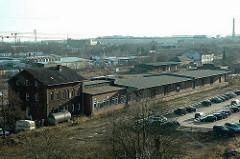 Luftaufnahme von alten Harburger Güterbahnhof / Lagerschuppen mit Laderampe. (2006)