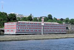 Wohnschiff Bibi Altona; Flüchtlingsschiff - zentrale Erstaufnahmestelle für Flüchlinge, Asylsuchende und Spätaussiedler