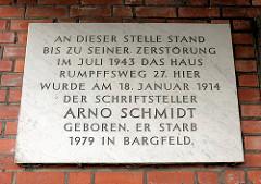 Gedenktafel an das Geburtshaus des Schriftstellers Arno Schmidt - geb. 18. Januar 1914; gest. 1979.