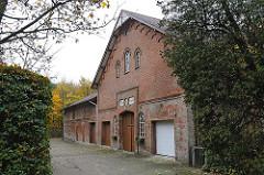 Hummelsbuettler Weg - Bauernhof, bäuerliches Gebäude.