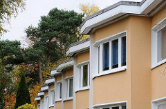 Bramfelder Gartenstadt Hohnerkamp - Haussfassade Fenster.