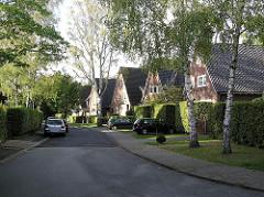 Hamburger Stadtteil Alsterdorf Strasse in der Gartenstadt, Einzelhäuser