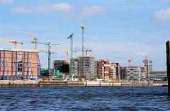 Baukräne und Baustelle am Grasbrookhafen - eingerüsteter Kaispeicher A - Bilder aus dem Hamburger Stadtteil Hafencity (2007)