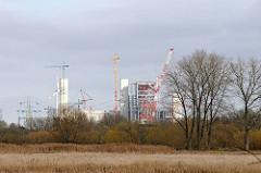 Wiesen in Moorburg - Baustelle Kohlekraftwerk.