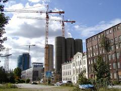 Bilder der Veränderungen des Stadtteils Harburg - Baustellen am Schellerdamm - Baukräne (2001)