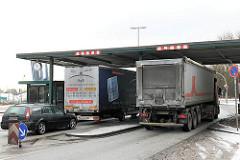 Ehem. Zollstation Nippoldstrasse - seit dem 1. Januar 2013 findet keine Zollkontrolle mehr statt - der Hamburger Freihafen ist aufgehoben.