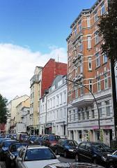 Wohn und Geschäftshäuser in der Marktstrasse von Hamburg St. Pauli - Wohnarchitektur im Gründerzeitstil.