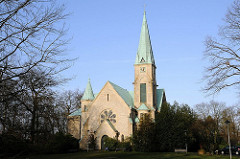 Kirche in Hamburg Othmarschen - Christuskirche am Roosens Weg.
