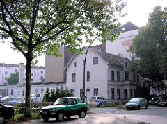 Blick auf Bebauung in der Jarrestrasse - Einzelhaus mit Gewerbehof (ca. 2005)