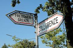 Grenzschild - Freihafengrenzen im Hamburger Hafengebiet / Freizonengrenze, Zollgrenze.