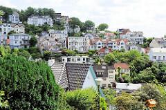 Panorama von Hamburg Blankenese - Häuser des Stadtteil am Elbhang
