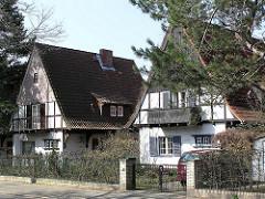 Bilder aus Hamburg Langenhorn - Einzelhäuser in der Schwarzwaldsiedlung.